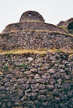 Ruins at Phuyupatamarka